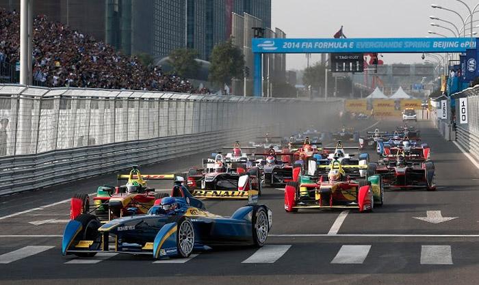 Первая гонка новой гоночной серии FIA Formula E