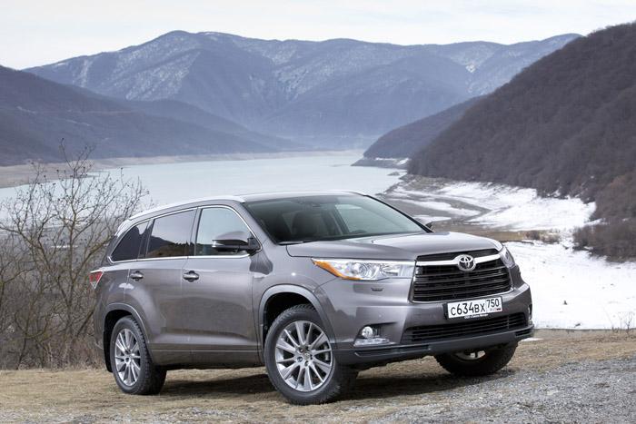 Toyota Highlander – лучший полноразмерный внедорожник по версии  газеты «Клаксон»