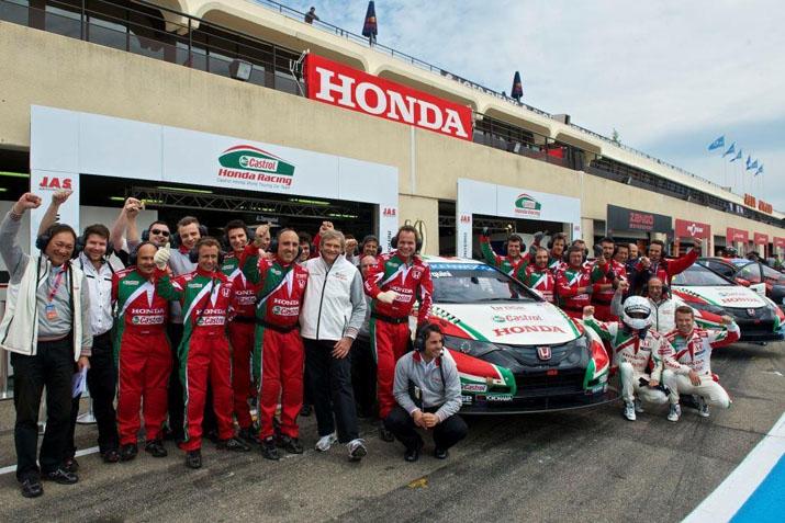 Трудовые будни технической команды Castrol Honda на WTCC