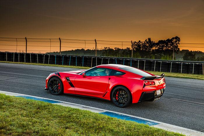 Сorvette Grand Sport — новая версия спортакара Chevrolet