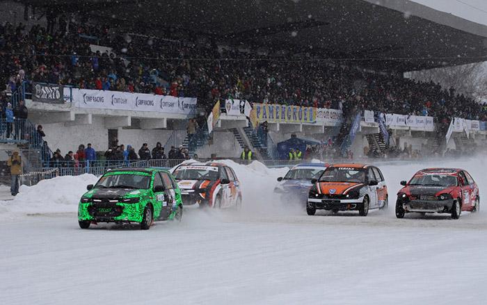 Чемпионата России по трековым гонкам на льду прошел на Раменском Ипподроме